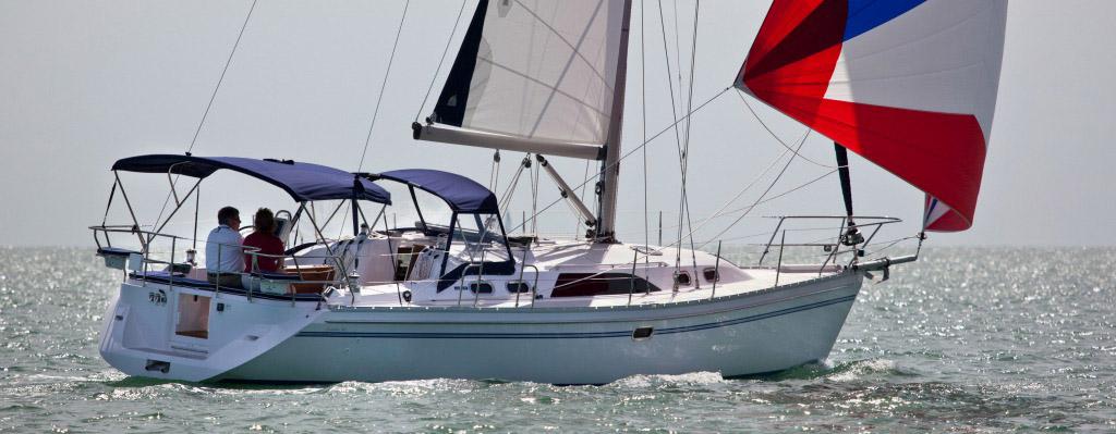 Springline Yacht Sales - Catalina 385