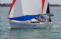 Hunter-45DS-sailing